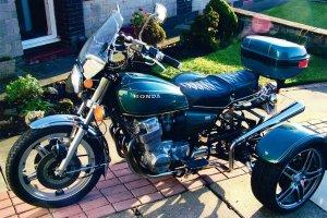 Honda_CB750_300x200