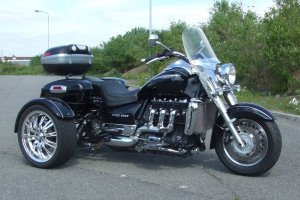TriumphRocket111Tourer_300x200